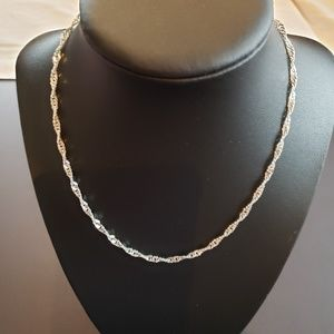 NWOT 925 Silver Singapore Chain Necklace